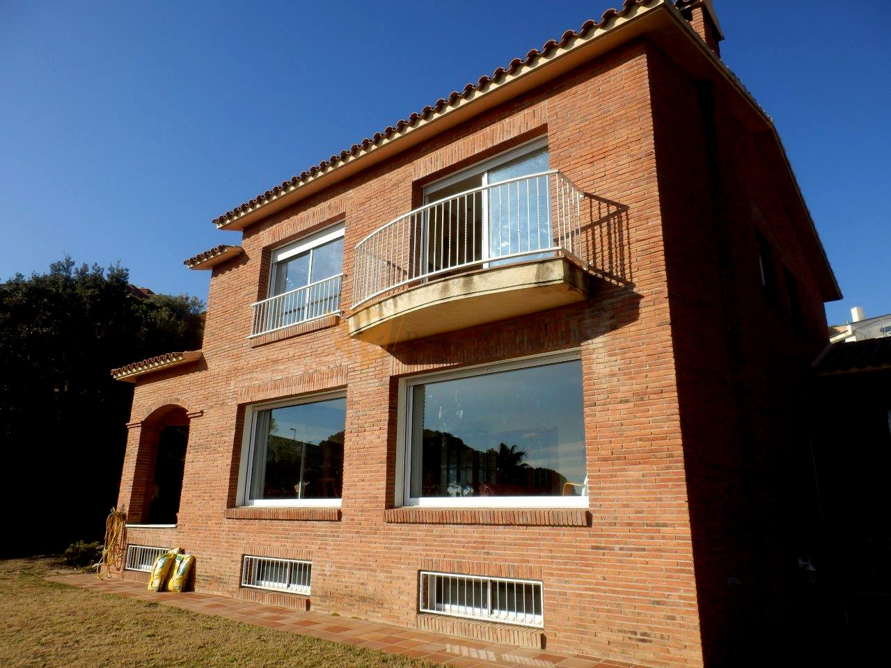 Casa en Teià. Zona residencial | House in Teià. Residential area